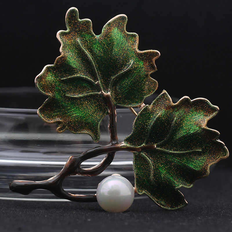 Merek mewah Hijau Coklat Maple Leaf Bros Bouquet Pearl Bros Perhiasan Fashion wanita Aksesori Topi Natal Bijoux Broch