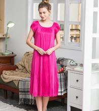 цена 100% Silk Nightgown Basic knitted Nightwear Soft Sleepwear for Skin Care Fashion Summer Dress Free shipping онлайн в 2017 году