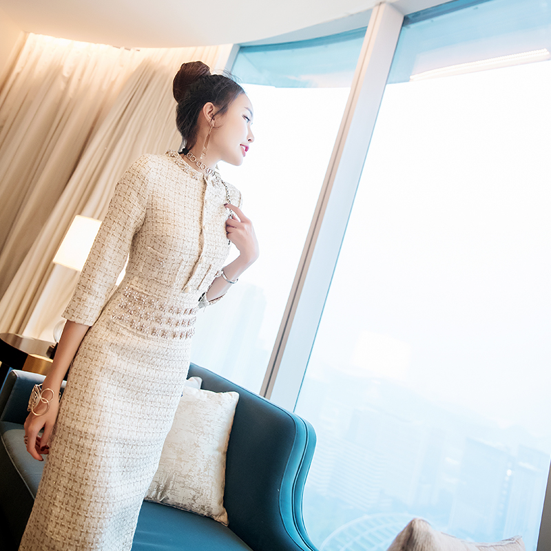Женское французское элегантность яркое шелковое твидовое платье 2017 новое шикарное платье с бриллиантами на талии с круглым вырезом длинно