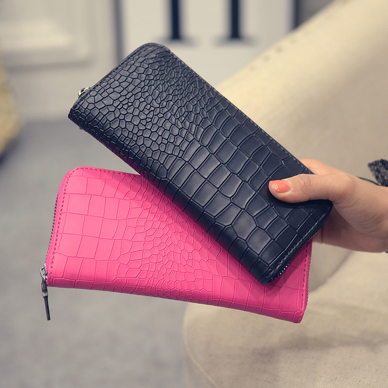 GYD New 2017 Women Purses Vintage Alligator Wallet Zipper Clutch Bag Fashion Designer Female Leather Wallets Famous Brand Purse summer style hot selling 2 colors 2015 spring flats for women shoes cute mouse flat heel woman s flats fashion free shipping
