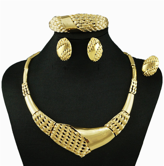 Luxury Gold Ring and Necklace Set Jewellrys Website