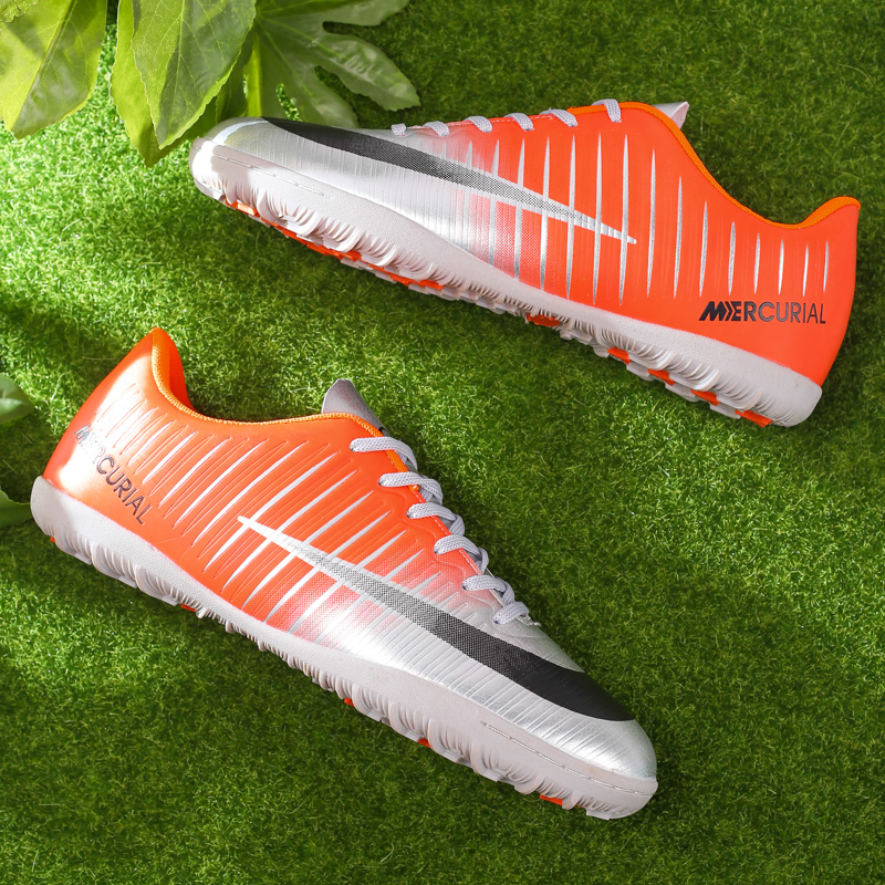81f1e089d 2018 Professional Men Turf Indoor Soccer Shoes Cleats Kids Original  Superfly futsal Football Boots Sneakers chaussure de foot -in Soccer Shoes  from Sports ...