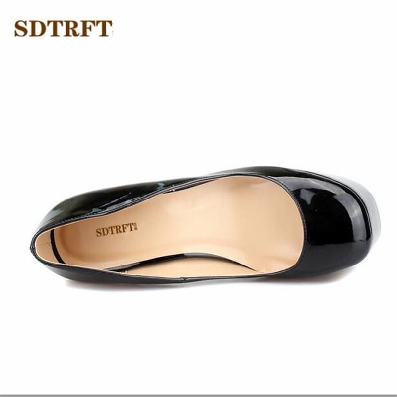 SDTRFT Plus 40 45 46 47 48 Fashion Stilettos 16cm thin high heels sexy  Cosplay Patent Leather pumps women platform shoes-in Women s Pumps from  Shoes on ... 63652e7d8300