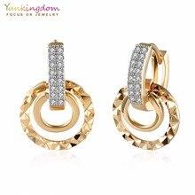 Фотография Yunkingdom Punk Round Hoop Earrings for Women 2017 New Fashion Clear Crystal Zirconia Earring