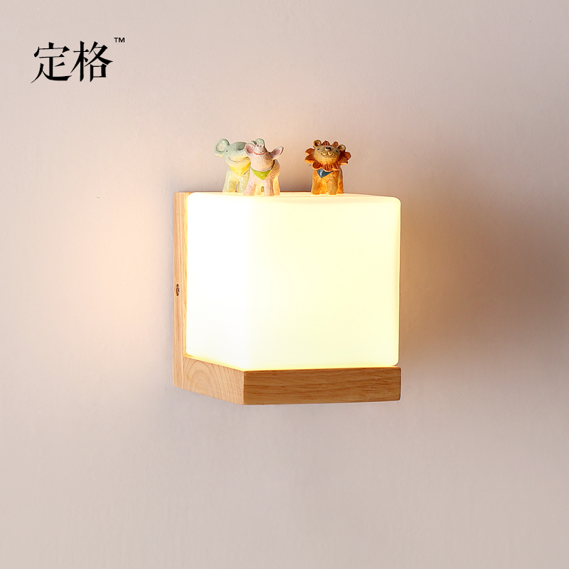ФОТО The original wooden square wall real Nordic minimalist modern Japanese MUJI style living room bedroom bedside aisle