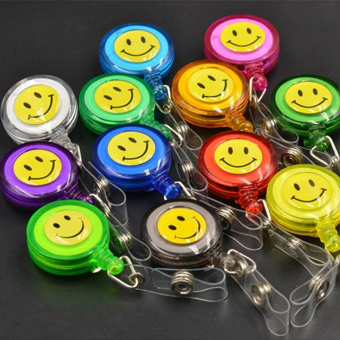 FangNymph Compact Design Smiling Face ID Holder Name Tag Card Key Badge Holder Retractable Round Solid Translucent ID Holder