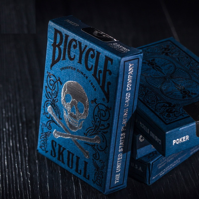 1pcs Original Bicycle Cards Luxury Skull Playing Cards Magic Card Poker Close Up Stage Magic Tricks for Professional Magician