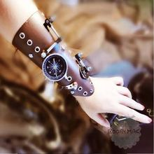 Steampunk Warrior Medieval Armor Glove Cosplay Renaissance Knights Wide Cuffs Bracers Halloween Costumes Punk Style Accessory(China)