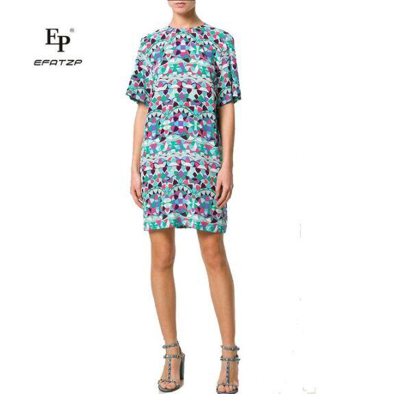 새로운 2018 여름 패션 디자이너 드레스 여성 반팔 멀티 컬러 기하학 인쇄 xxl 스트레치 저지 슬림 실크 데이 드레스-에서드레스부터 여성 의류 의  그룹 1