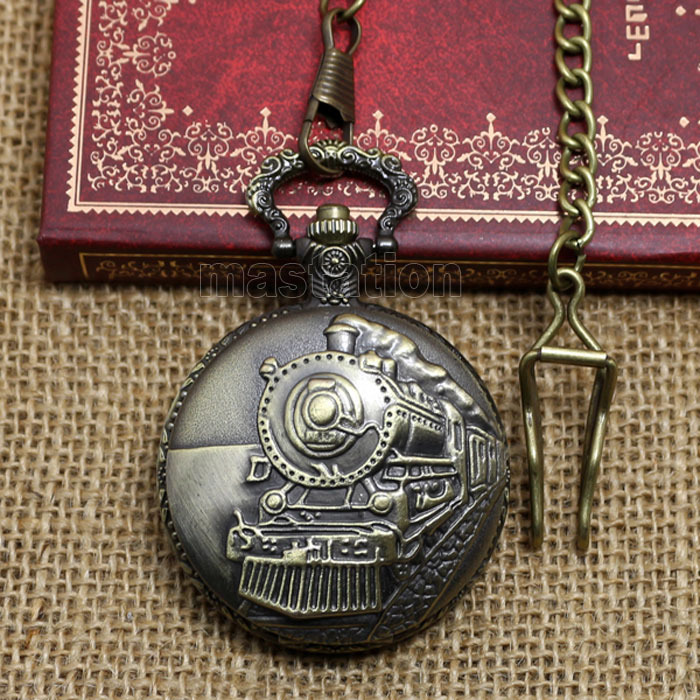 Victorian Style Retro Vintage Bronze Steam Train Head Quartz Movement Pocket Watch Necklace   Chain Pedant P107C