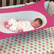 Folding Baby Crib Infant Portable Beds Folding Cot Bed Travel Playpen hanging swing Hammock Crib Baby Hammock Bed Photography все цены