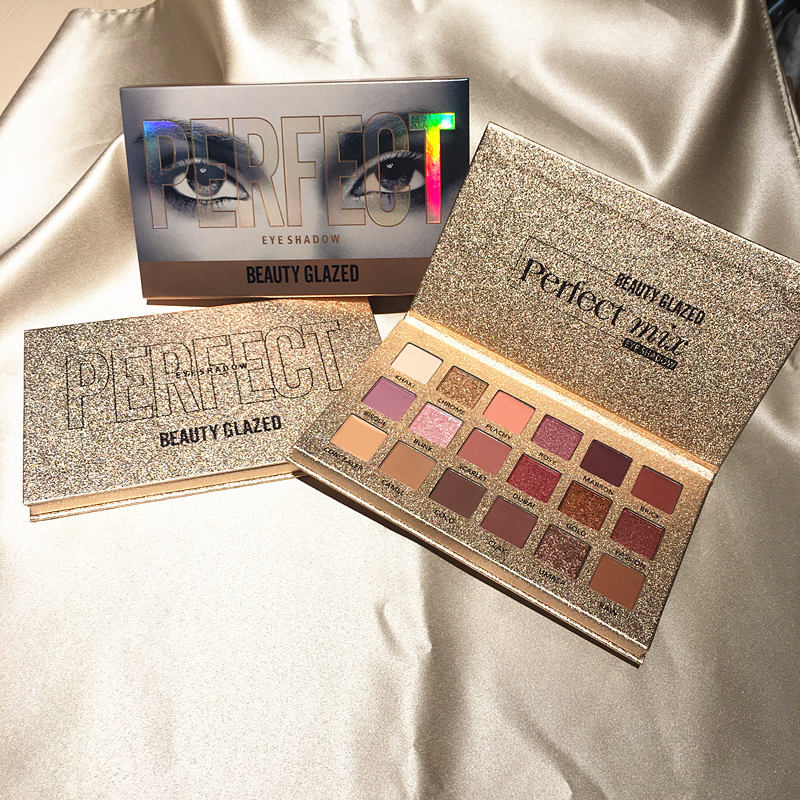 Beleza 18 Vitrificada Cor Nude Brilhante Eyeshadow Palette Smoky Eye Shadow Paleta Fosco À Prova D' Água Maquiagem Brilho Pigmento
