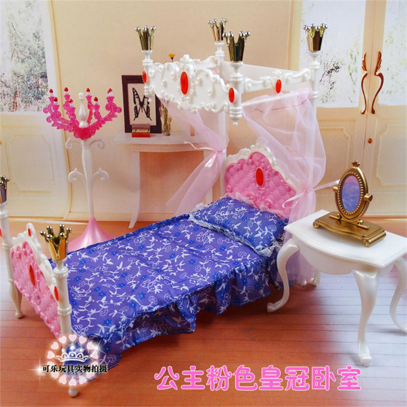 Barbie bedroom bed dressing table dressing and all its accessories