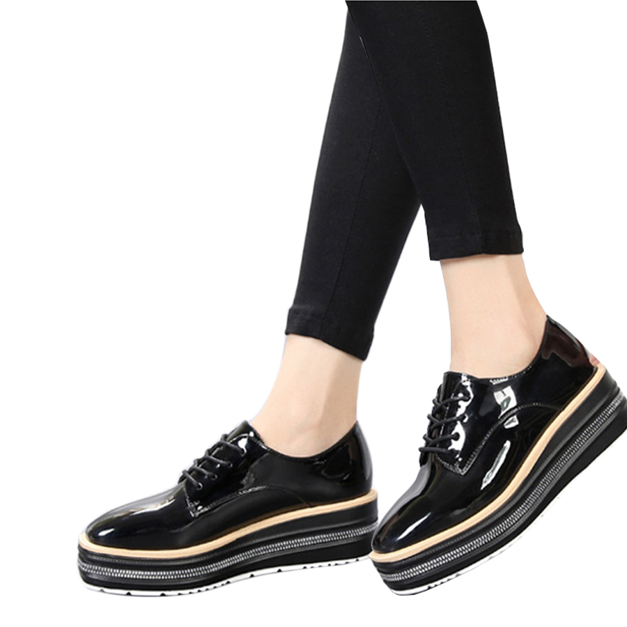 Spring Women Oxfords Flats Brogue Shoes Patent Leather Lace Up Round Toe Woman Flats Black Creepers Vintage Platform Shoes qmn women metallic paneled brushed leather brogue shoes women square toe oxfords casual shoes woman leather platform flats