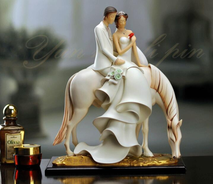 Large character Newly married home decoration immediately Happy right now happy Wedding gift horse statues Home Furnishing image