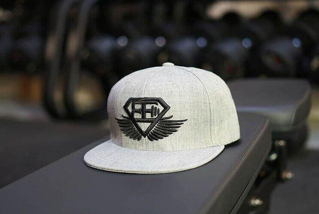 2016 Brand New Cap Moda Aptidão Gymshark Logotipo Bordado Boné de Lazer Esportes Ao Ar Livre Para Homens e Mulheres preto branco