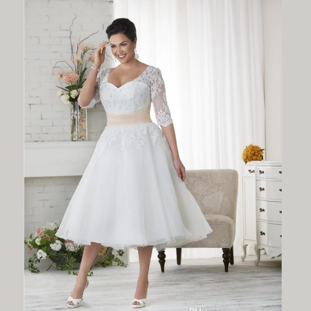 Elegant Plus Size Wedding Dresses A Line Tea Length Lace