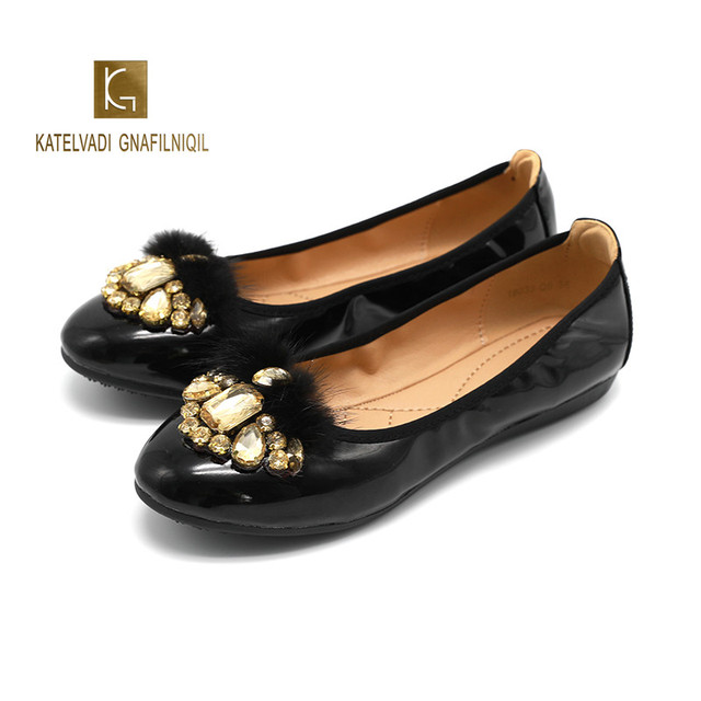 Women Flats Black PU Crystal Furry Slip-On Round Toe Flat Shoes Women Casual Basic Solid Spring and Autumn Shoes  K-304