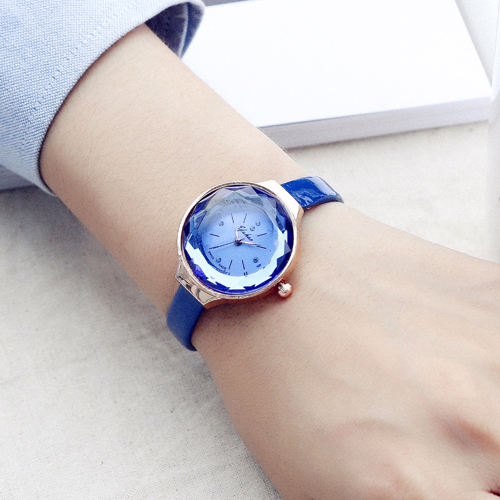 Luobos New Fashion Watch Women Leather Strap Small Dial style Casual Quartz Watch Ladies Popular Elegant Clock Relogio Feminino miler vintage fashion watch women retro leather strap world map casual quartz wristwatch ladies creative clock relogio feminino
