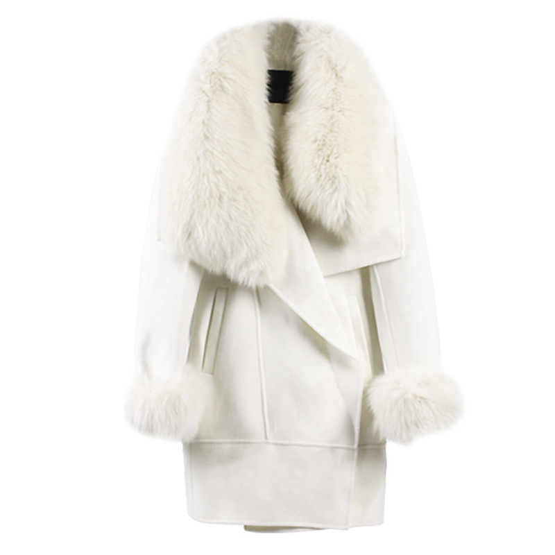 large faux fox fur collar and cuff women 39 s coat outerweaar. Black Bedroom Furniture Sets. Home Design Ideas
