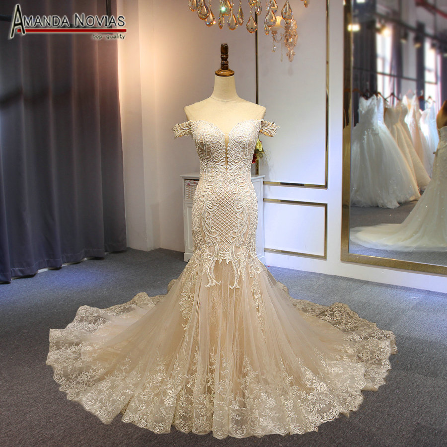 Mermaid wedding dress 2019 with off the shoulder straps full beading