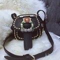 Bailar moda bolsas sacos de ombro mensageiro sacos das Mulheres de couro rodada rebites de diamantes de couro de alta qualidade frete grátis