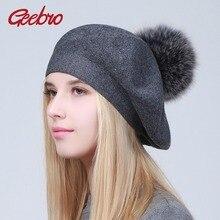 Geebro Women Berets หมวกฤดูหนาวสบายๆถัก Berets ขนสัตว์ธรรมชาติ Raccoon Fur Pompon สุภาพสตรีสีทึบ Beret หมวก GS109