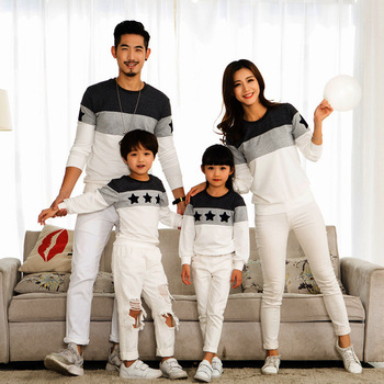 Family Clothes Mother Father Kids Spring Hoodie Sweatshirt Cotton Pullover Mom Dad Boy Girl Tops Outfit Matching Clothing CA581 Family Matching Outfits