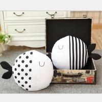 1pc 40cm Stuffed Couple Kiss Fish Roud Cushion Wave Print Striped Throw Pillows Kids Toys Baby