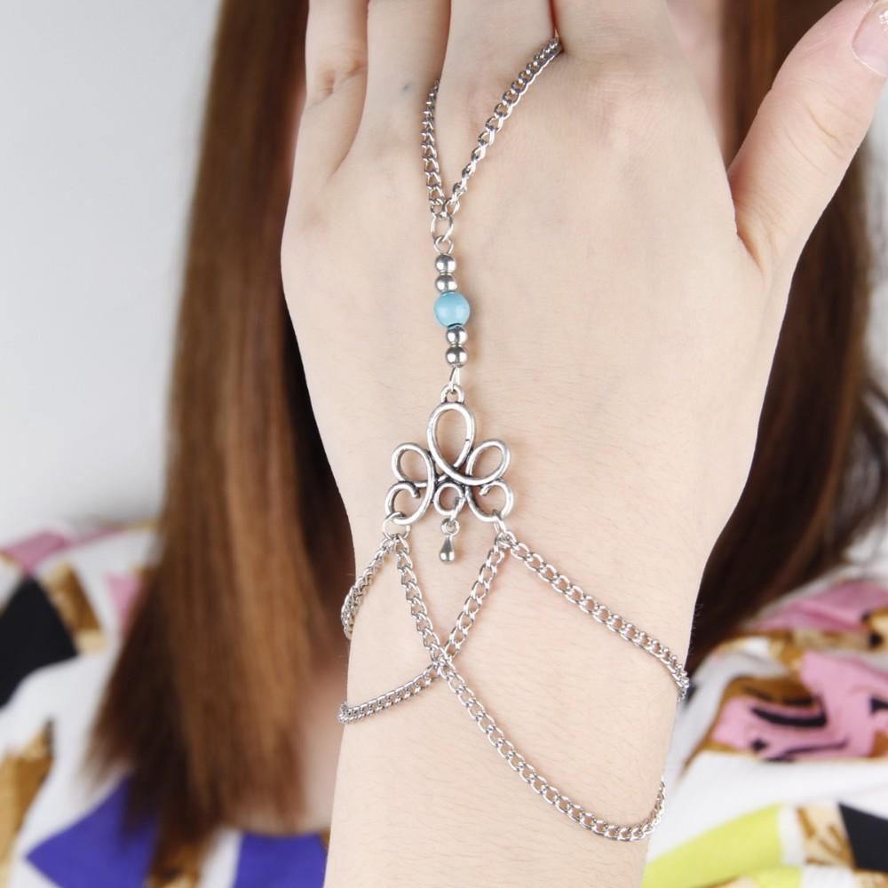 HTB1.otsKVXXXXcmXFXXq6xXFXXXQ Bohemian Hand Slave Chain Jewelry With Fleur De Lis Accent