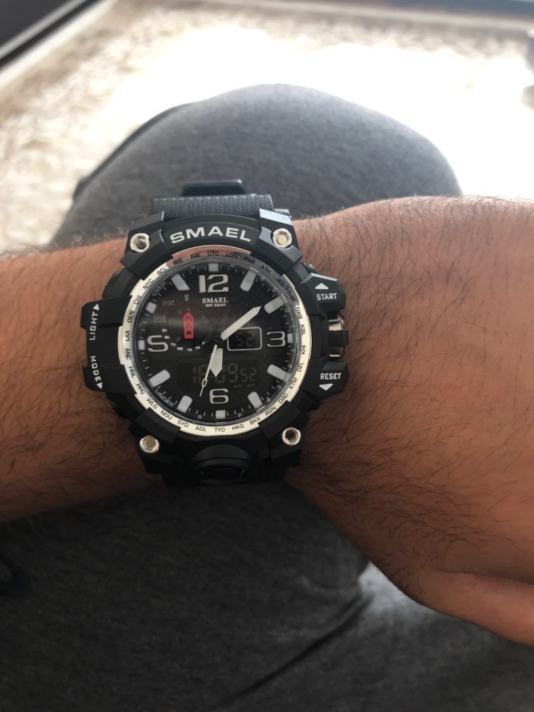 SMAEL SHOCK MILITARY WHATCH - No braço 1