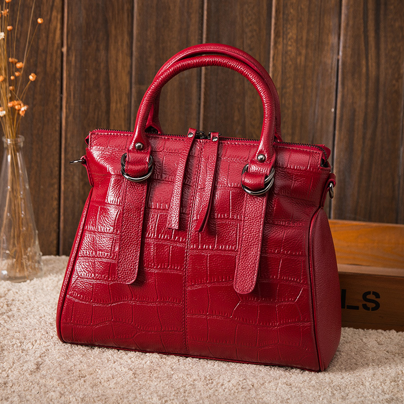Luxury Brand Bags Women Famous Brand Genuine Leather Fashion Crocodile Pattern Leather Ladies Bag Wild Shoulder Diagonal Bag New fashion style women crocodile pattern doctor women backpack famous bags women s pu leather rucksack bag z762