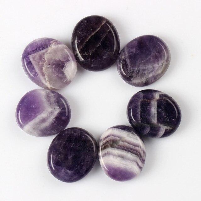 7 części/partia naturalny ametyst kamień palmowy Feng Shui koraliki Reiki kamień Carve rzemiosło jasne Crystal Healing Quartz Chakra darmowe etui