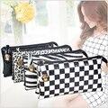 Бесплатная доставка, хит продаж - дизайнерская женская сумка в стиле панк  с заклепками в форме черепов, с карманом для сотового телефона.