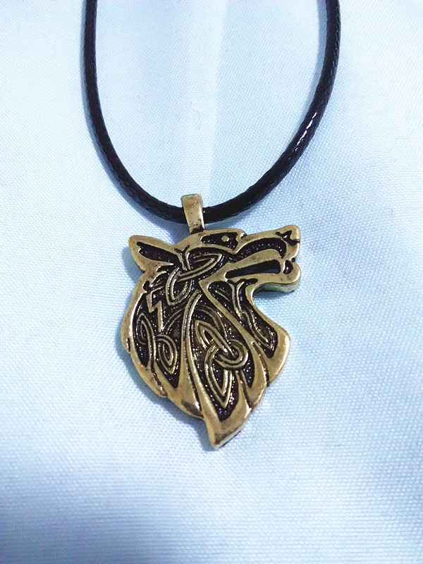1st Wolf Head Necklace Norse Vikings hänge Vintage Bronze Wolf Head Celttic Spiritual Amulet Hänge Talisman Necklace