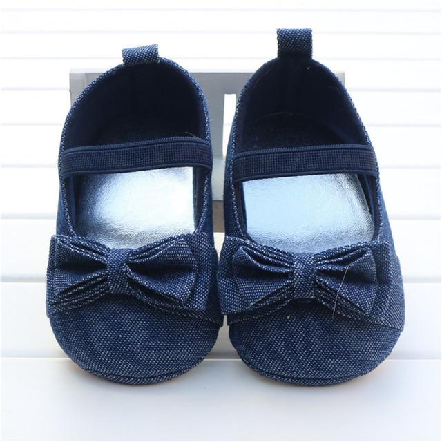 Primavera otoño nueva baby girls prewalk zapatos de niño de fondo blando cubierta de tela de algodón polka dot arco princesa primeros paseos para 0-1Y