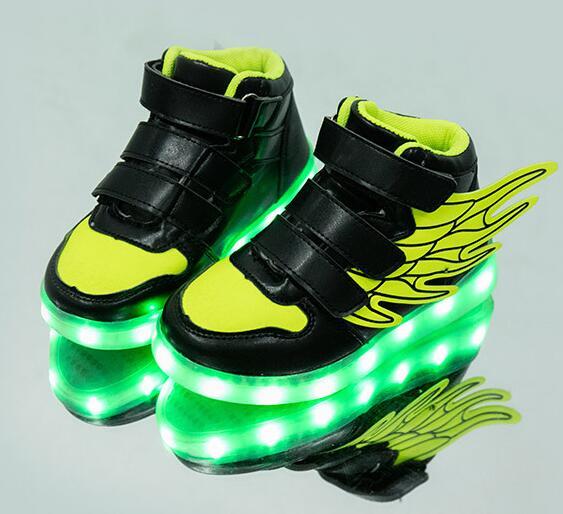 Nuovo usb di ricarica incandescente scarpe da tennis Per Bambini Corsa e Jogging led di angelo ali di bambini con le luci up luminoso scarpe delle ragazze dei ragazzi scarpe