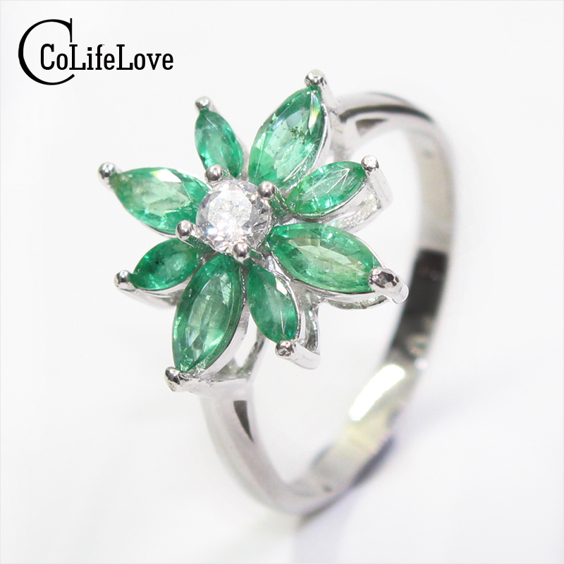 Luxurious emerald gemstone ring 8pcs natural Columbia emerald flower ring solid 925 silver emerald ring romantic anniversary gifLuxurious emerald gemstone ring 8pcs natural Columbia emerald flower ring solid 925 silver emerald ring romantic anniversary gif