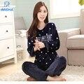 Azul escuro com pontos brancos e palavra de Inverno coral de veludo pijamas das mulheres definido Mulher Roupas de Flanela Macia e Quente ternos casa pijama