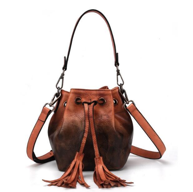 Genuine Leather Women's Messenger Bag Vegetable Tanned Leather Bucket Bag Hand-Brushed Casual Tassel Bag