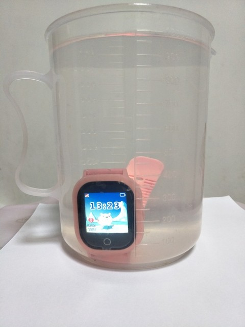 2019 hot GPS tracking watch for kids IP67 waterproof GPS Smart Watch swimming camera children Watch touch Screen SOS Call TD-05 1