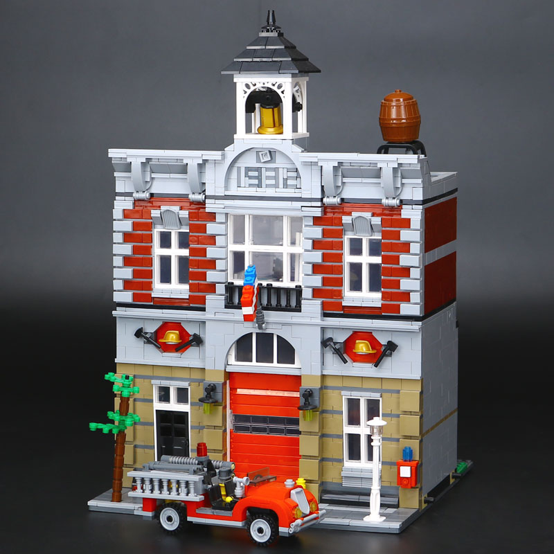 IN STOCK DHL LEPIN 15004 2313Pcs City Street Fire Brigade Model Building Kits Blocks Bricks Compatible 10197 Brick lepin 15004 2313pcs city creator series fire brigade model building blocks bricks toys for children gift compatible 10197