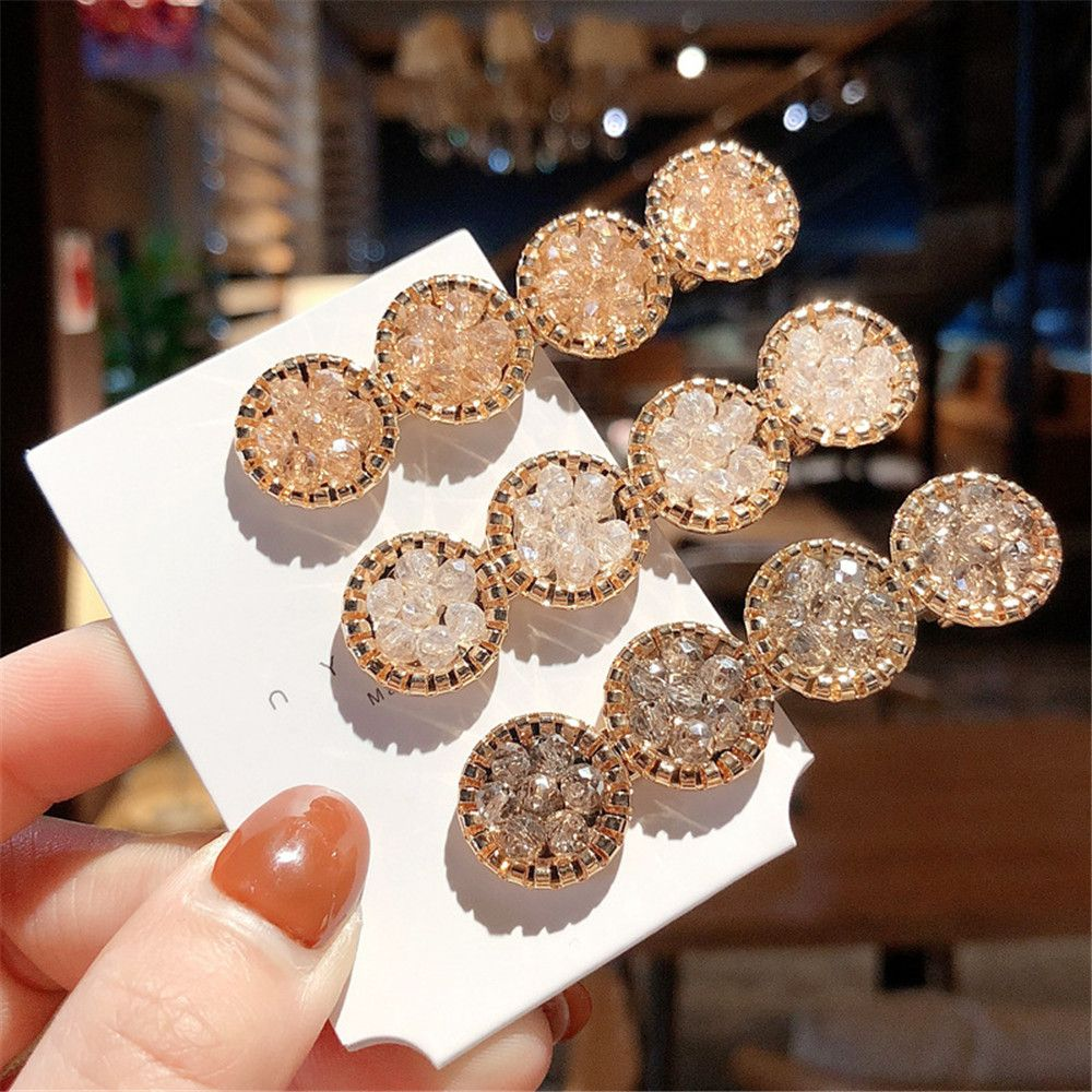 Купить с кэшбэком Fashion Korea Crystal Rhinestones Hair Clips Girls Hairpins Geometric Round Hairgrip Women Barrette Hair Accessories