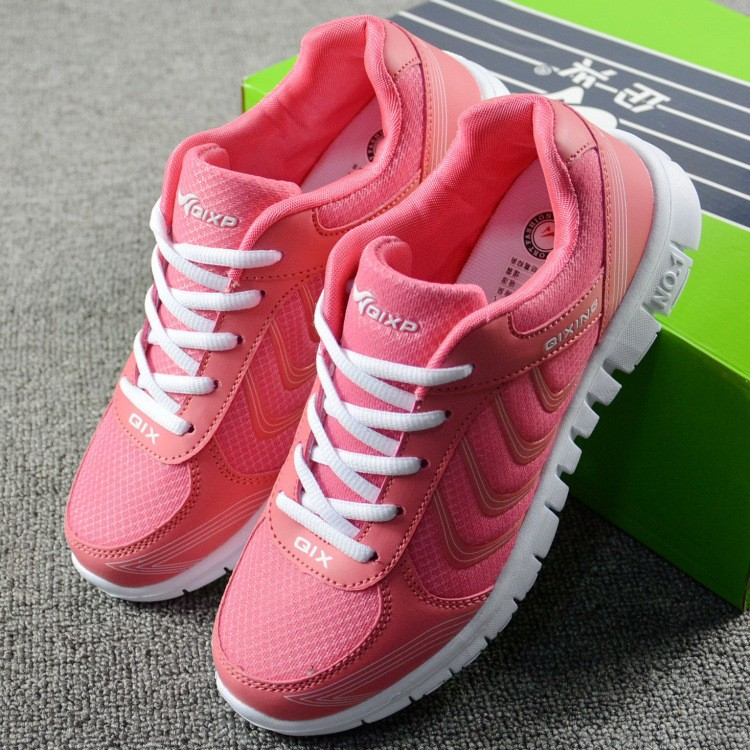 Foto 2 pieces with box Women's breathable light sneakers for tennis. Women's breathable light shoes for basketball pink color