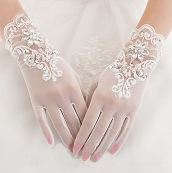 Gorgeous Ivory Finger Bridal Gloves Elastic Tulle Wedding Gloves Sparkly Crystals Beads Sequins Short Women Wedding Gloves 17 auldey style small super wings deformation mini jett mini robot wing action figures wing transformation toys for kids
