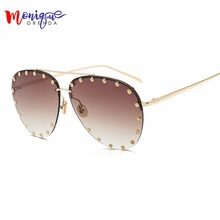 MONIQUE Fashion rivet sunglasses  Women Oversize Cat Eye Sunglasses pink blue transparent sun glasses for women uv400
