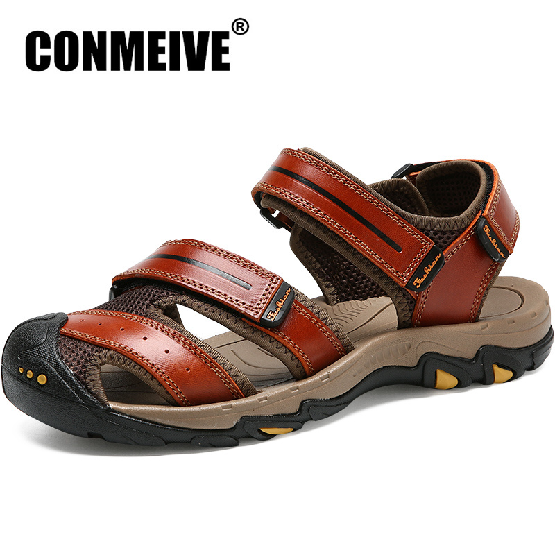 2018 New Genuine Leather Soft Men Sandals For Mens Summer Breathable Light Beach Shoes Fashion Casual Flat Shoe Size 38-44