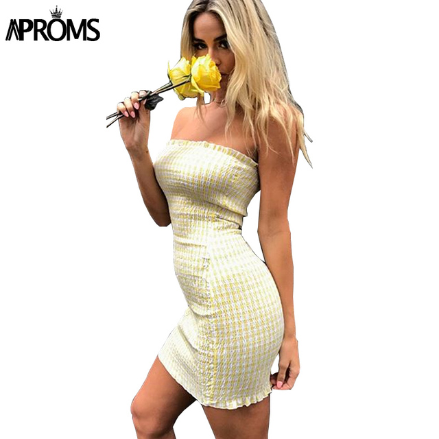 ab42b0eb673 Aproms Strapless Plaid Print Tube Dress Women High Waist Smocking Bodycon  Summer Dresses 2018 Off Shoulder Mini Dress Vestidos