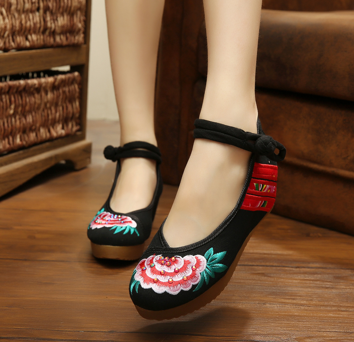 Dragon Old Beijing Embroidered Women Shoes Mary Jane Flat Heel Denim Chinese Style Casual Cloth Plus Size 5colors Shoes Woman plus size 41 fashion women shoes old elegant art party beijing mary jane flats with casual shoes chinese style embroidered clo