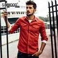 Simwood nuevo artículo de moda de color sólido da vuelta-abajo delgado con bolsillo dos hombres de color de la camisa 100% de algodón puro cs1542